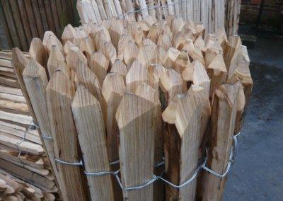 kastanje hout 010229